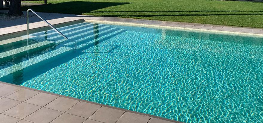 apartamentos-areas-piscina